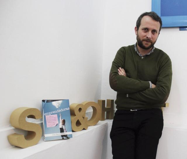 Entrevista Juan R. Gómez autor del libro Emprendedoras