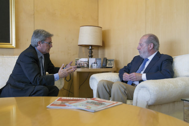 Entrevista a Fernando Rodríguez Villalobos, Presidente de la Diputación Provincial de Sevilla
