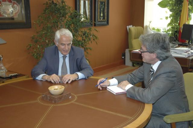 Entrevista a Antonio Pascual, presidente de la Fundación Sevillana Endesa