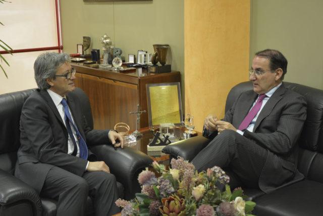 Entrevista a Javier González de Lara Presidente de la CEA