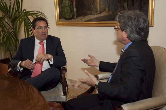 Entrevista a Antonio Pulido, copresidente de Banca Cívica