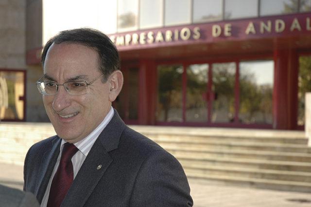 Entrevista a Javier González de Lara,  Presidente de CEA