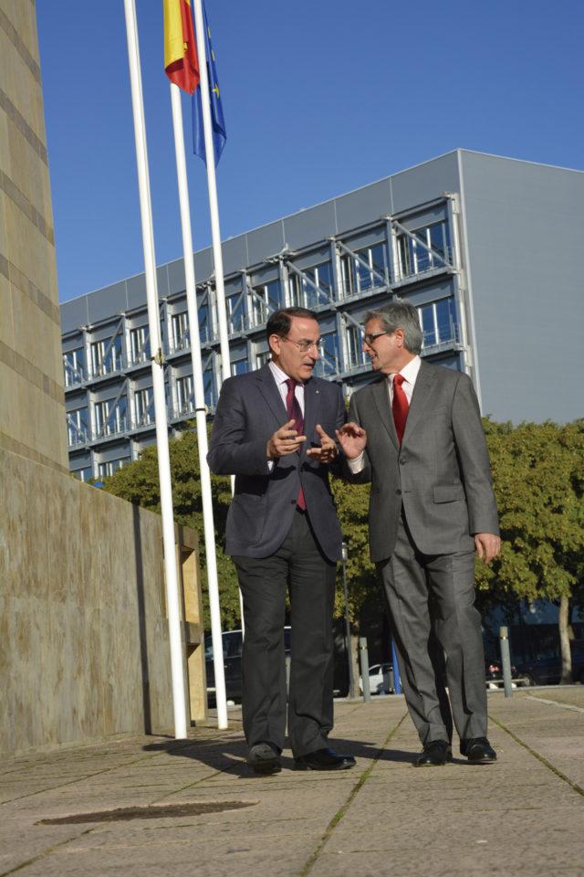 Entrevista a Javier González de Lara,Presidente de la Confederación de Empresarios de Andalucía