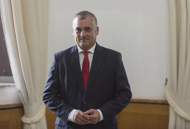 Entrevista a Francisco Javier Carnero Sierra, Consejero de Empleo, Empresa y Comercio