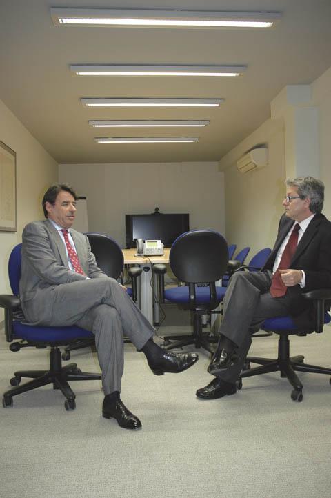 Entrevista a Álvaro Portes, director territorial sur de CESCE