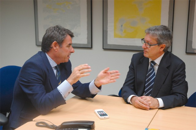 Entrevista a Álvaro Portes, director territorial Sur en CESCE